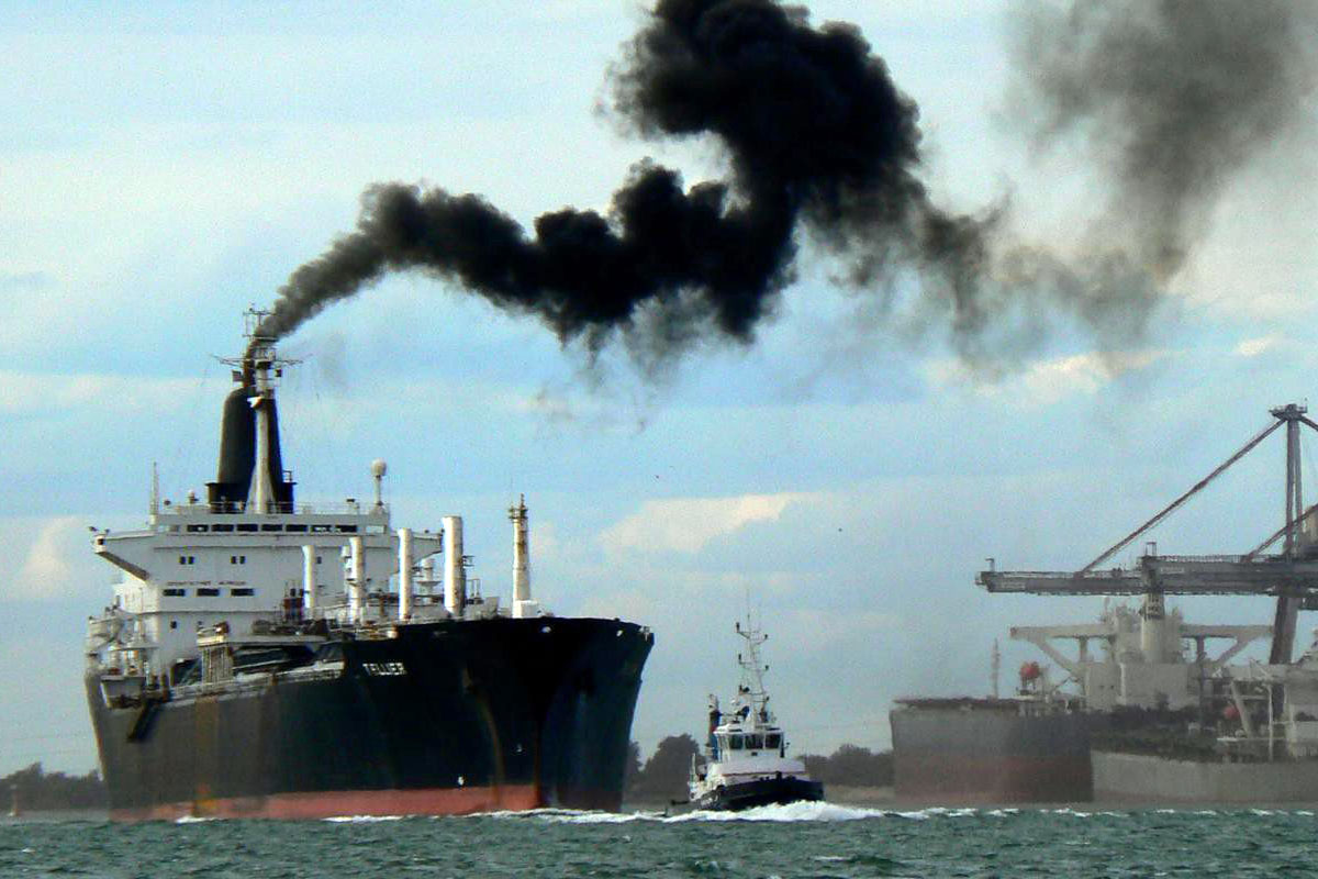Sulfur from ships causes acid oceans